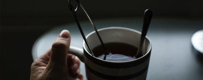 halsfluss-varmt-te