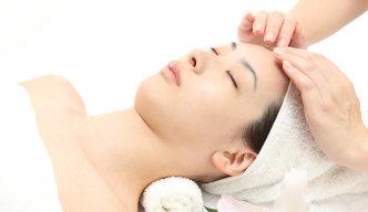 Förebygg rynkor med ansiktsmassage