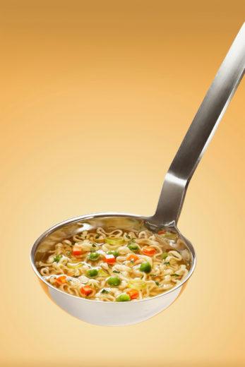 soppa med pasta och kyckling