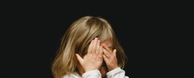 barn-med-forstoppning-ont
