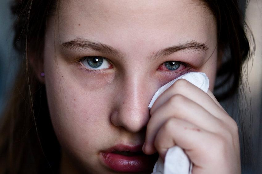 hur blir man av med ögoninflammation