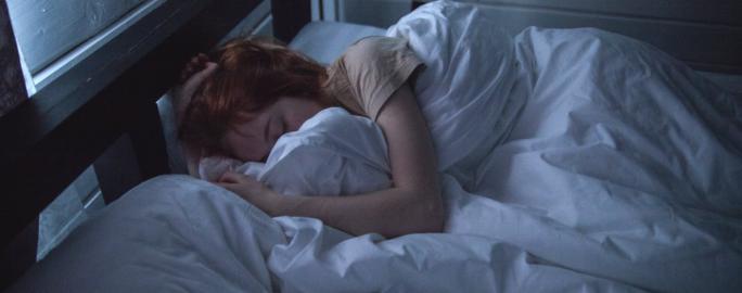 Tonåring sover