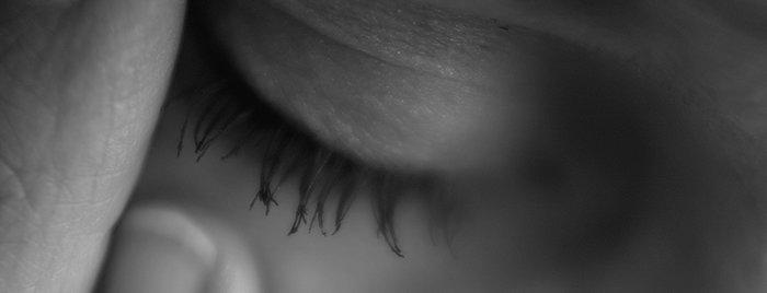 huvudvärk när man böjer sig framåt