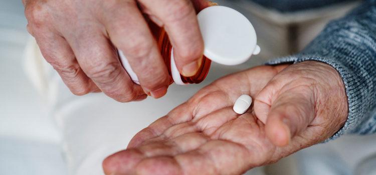 Hormonterapi mot cancer ges i tablettform ur en pillerburk.